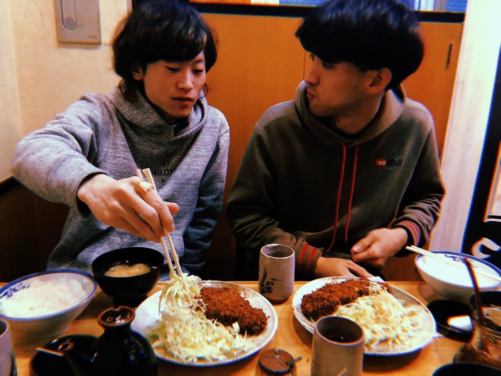 話題のカメラアプリ「Huji Cam」で撮る美味いトンカツ #きょうのエン