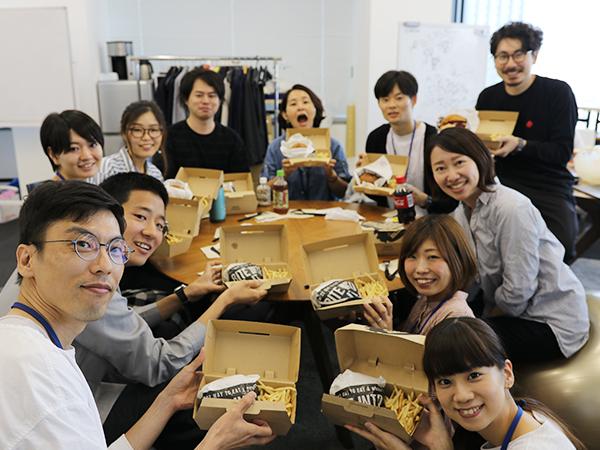 Webメディア編集チーム「クリスタ」のランチ歓迎会レポート!(「クリスタって?」)#きょうのエン